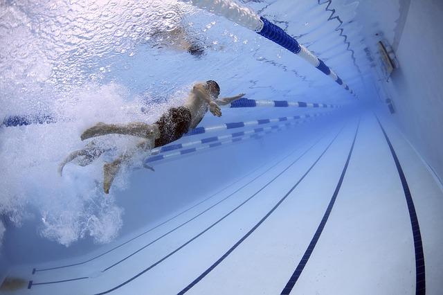 závodní bazén